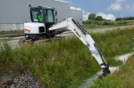 Bobcat-Excavator-E62-Bucket-Landscaping-IMG_0293-130627_jpg_Interflow%20-%20JPG%20-%20Fit%20to%20Box_600_500_true